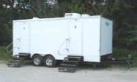 8 Station Shower Trailers ext