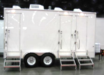 SWT 16 3 Station Shower Trailers Combo ext