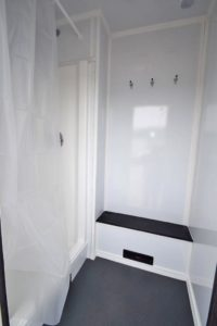 TRAILER SHOWER STALL