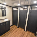 10 STATION RICH RESTROOM TRAILER PICTURE STAR TECH